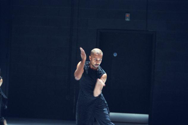 Akram Khan Dance Company - KAASH  Akram Khan  © Roy Peters