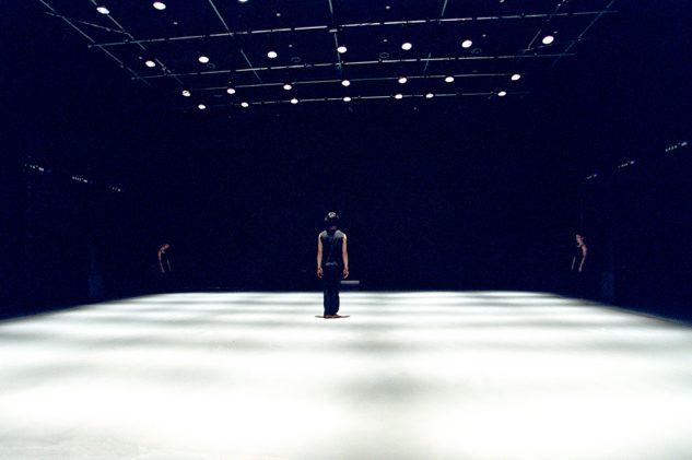 Akram Khan Dance Company - KAASH  LeInn-Pang Ooi  © Roy Peters